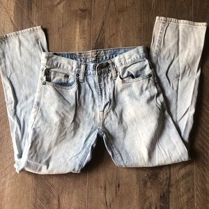 Light colored American Eagle jeans